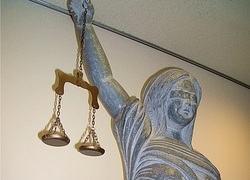 Normal_justitia