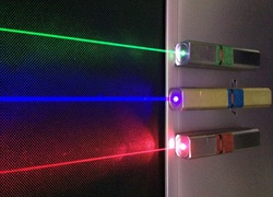 Normal_lasers