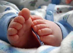 Baby op slaapkamer van ouders vermindert kans wiegendood - Nationale ...