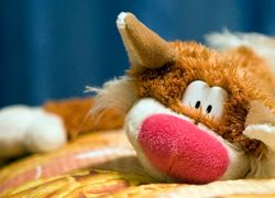Normal_copyright_stockfreeimages_mishandeling_kind_knuffel_