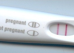 Normal_zwangerschapstest_pregnancy_test_result_wiki_-c_