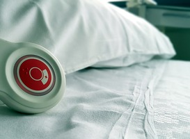 Normal_hospital-nurse-bed-736568